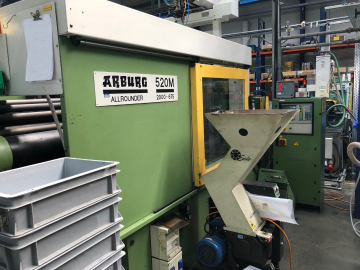 ARBURG 520M 2000-675